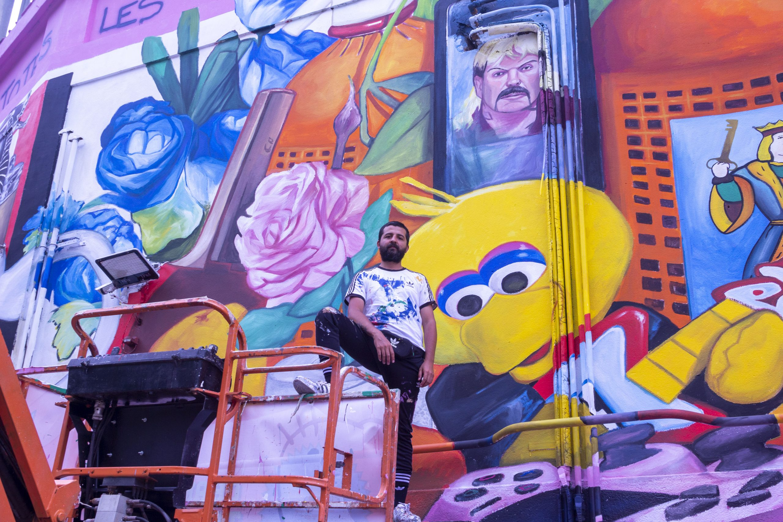 Nicolás Romero (Buenos Aires, 1985) began twenty years ago signing Ever and doing graffiti in the streets of his native Buenos Aires